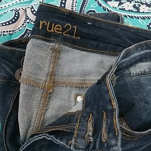 Rue21 Jeans - RUE21 Distressed Denim Sz. 14